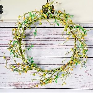 """Other - Summer Berry Wreath Green•Yellow•White 10""""…"""